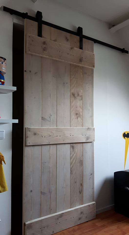 Klassiek railsysteem houten schuifdeur systeem loftdeur barndeur hout