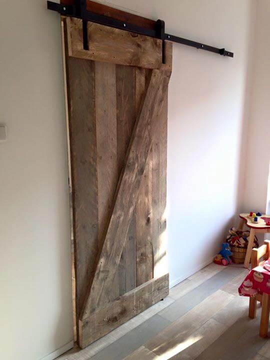 Zelf Een Steigerhouten Keuken Maken : Klassiek railsysteem houten schuifdeur systeem schuifdeur systemen