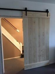 Grenen schuifdeur - loftdeur - op maat gemaakt met klassiek railsysteem