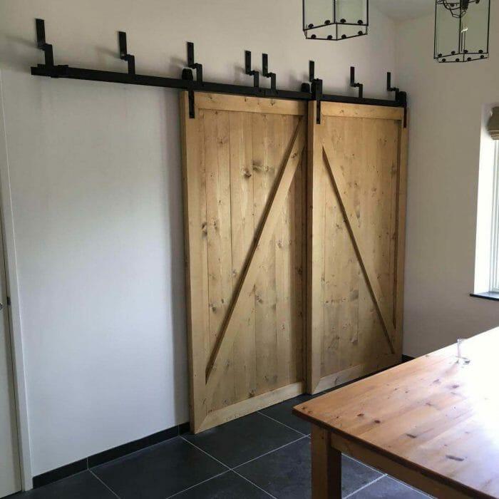 Kastenwand schuifdeuren voor elkaar loftdeur schuifdeur -Schuifdeur wand - Schuifdeuren voor elkaar langs in brocante stijl van  2