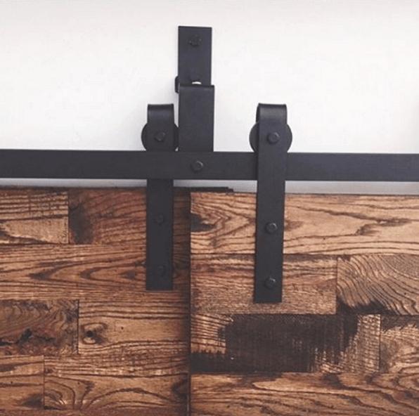Voor elkaar schuivende schuifdeuren