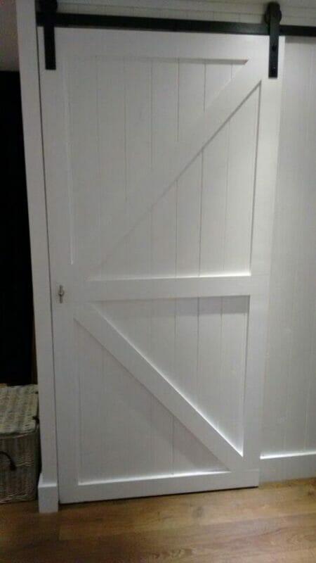 Wit woonkamer schuifdeuren for Badkamer zelf maken