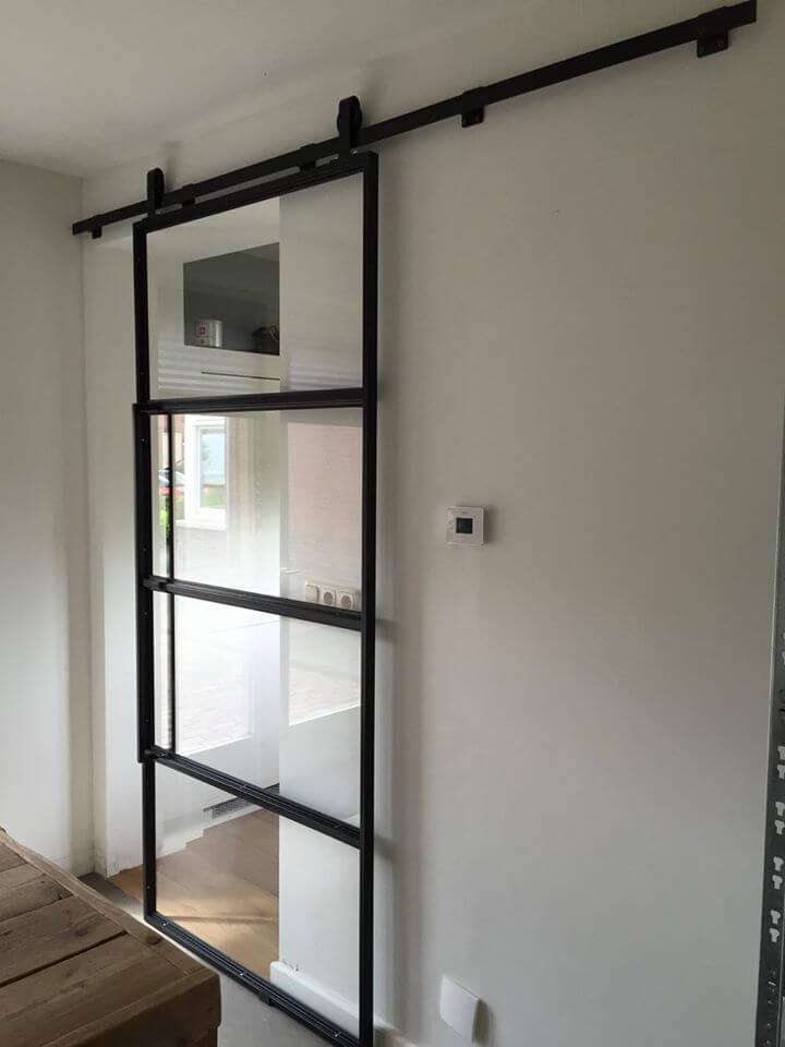 Stalen schuifdeur binnen home design idee n en meubilair inspiraties - Schuifdeur deur ...