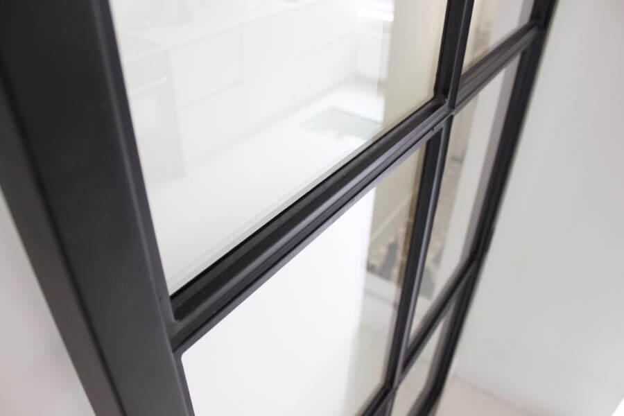 Industri le stalen deur stalen schuifdeur op maat gemaakt for Stalen trap maken