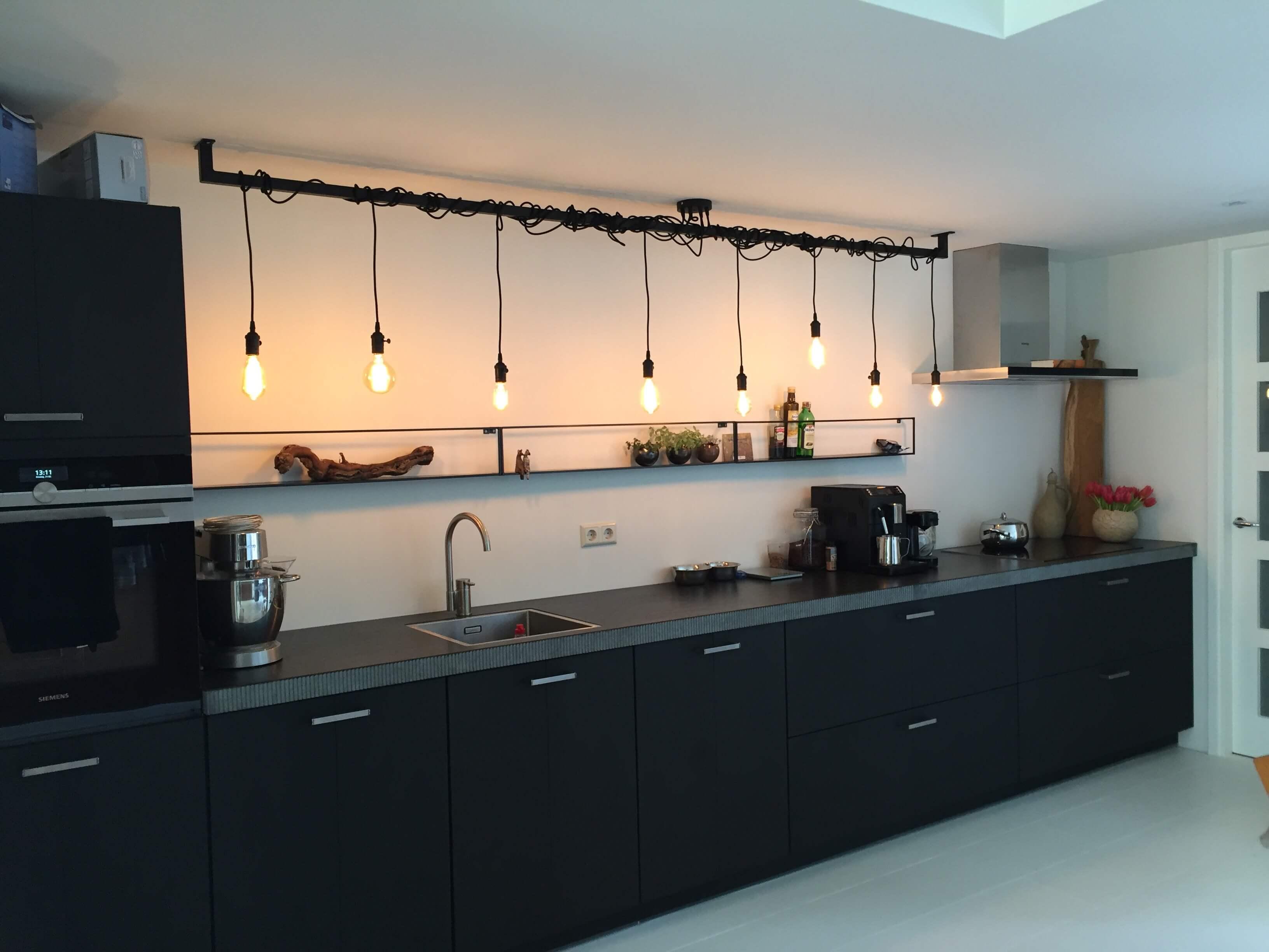 Industri le keuken of eettafel lamp kopen opvallend industrieel design - Keuken industriele loft ...